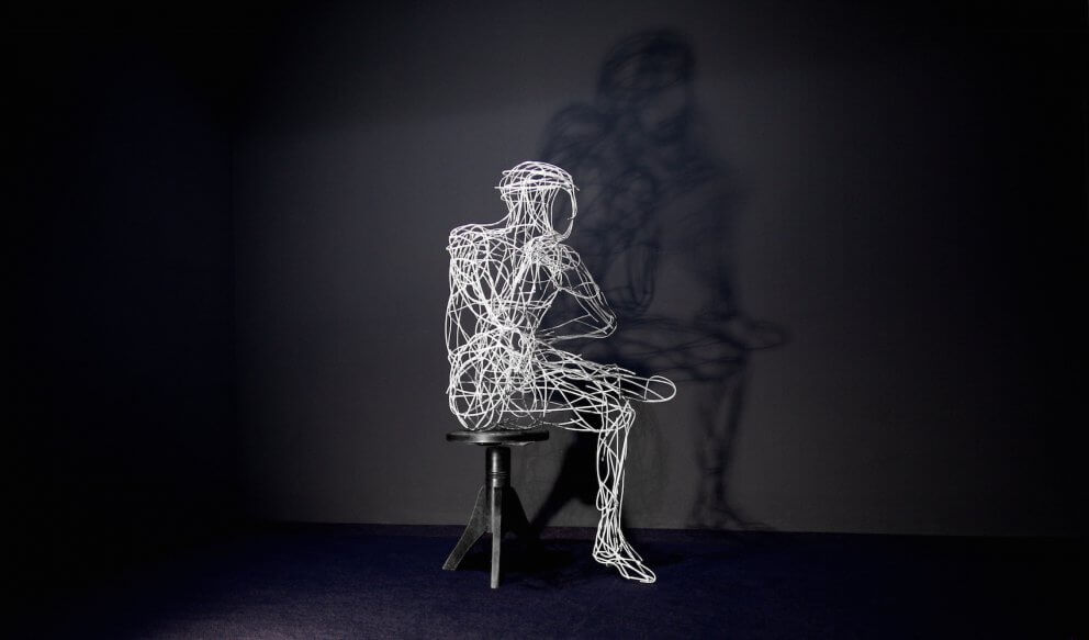 Galerie Benjamin Eck München Stainless steel wire, painted