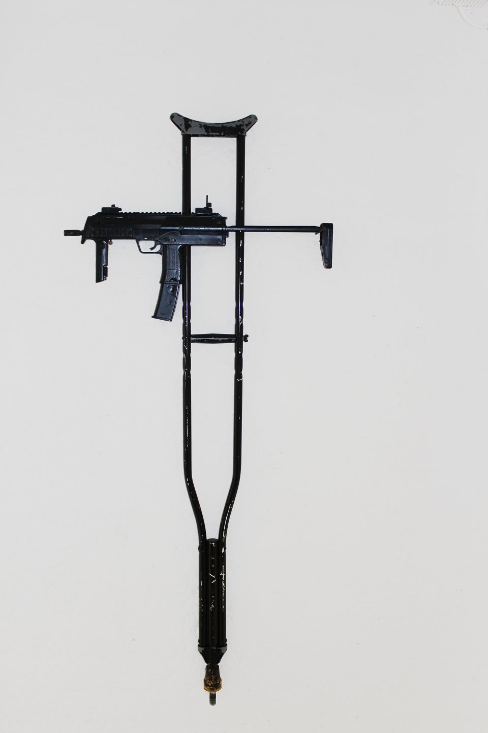 Galerie Benjamin Eck München MARC THALBERG 'RE-LIGION', metal, synthetic, 135cm x 60cm x 4cm, 2011